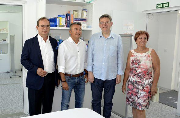 Ximo Puig durante la apertura del consultorio del Arenal de Xàbia