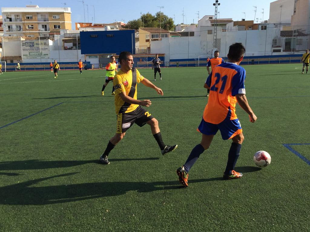 Match between Ricardo Mañas and Youth Construcciones Teulada