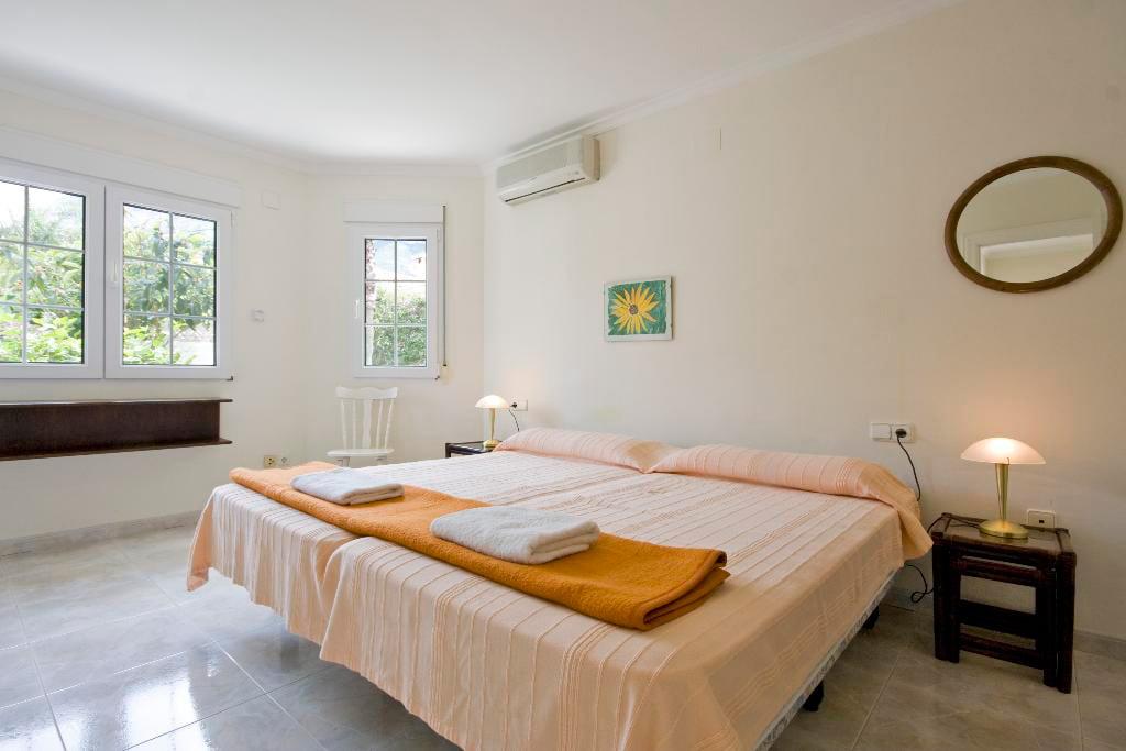 Habitació principal amb aire Quality-Rent-a-Vila