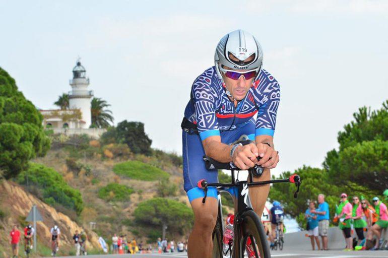 Sergio Alberola sobre la bicicleta
