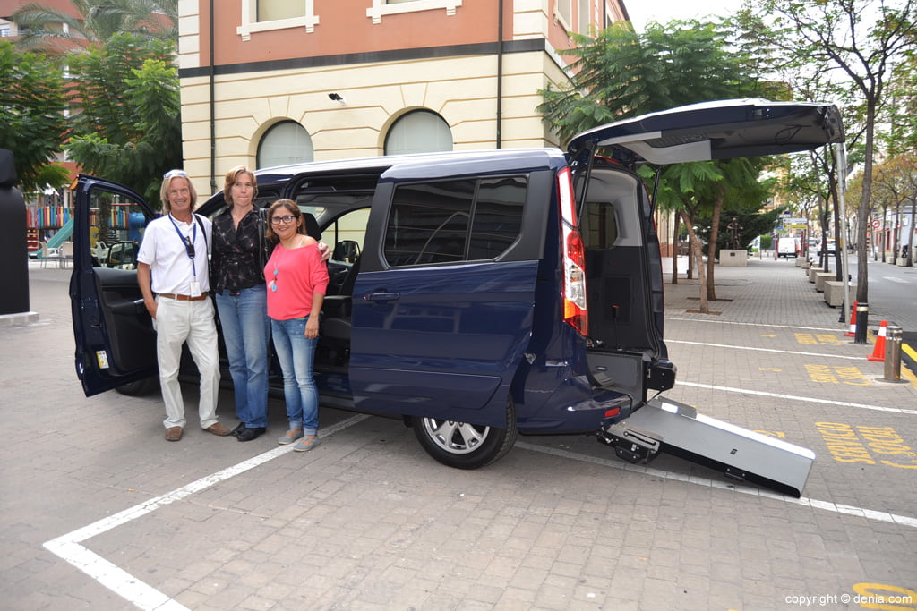 Alberto adapted for car