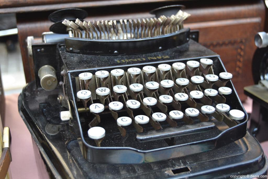 XIX Fira de la Joguina Antic de Dénia - màquina d'escriure