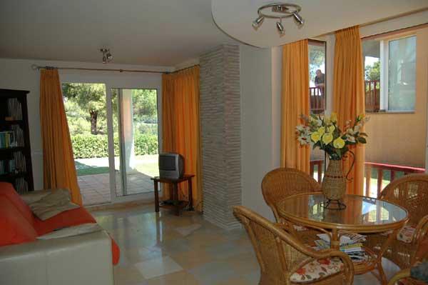 Lounge Vacation Villas