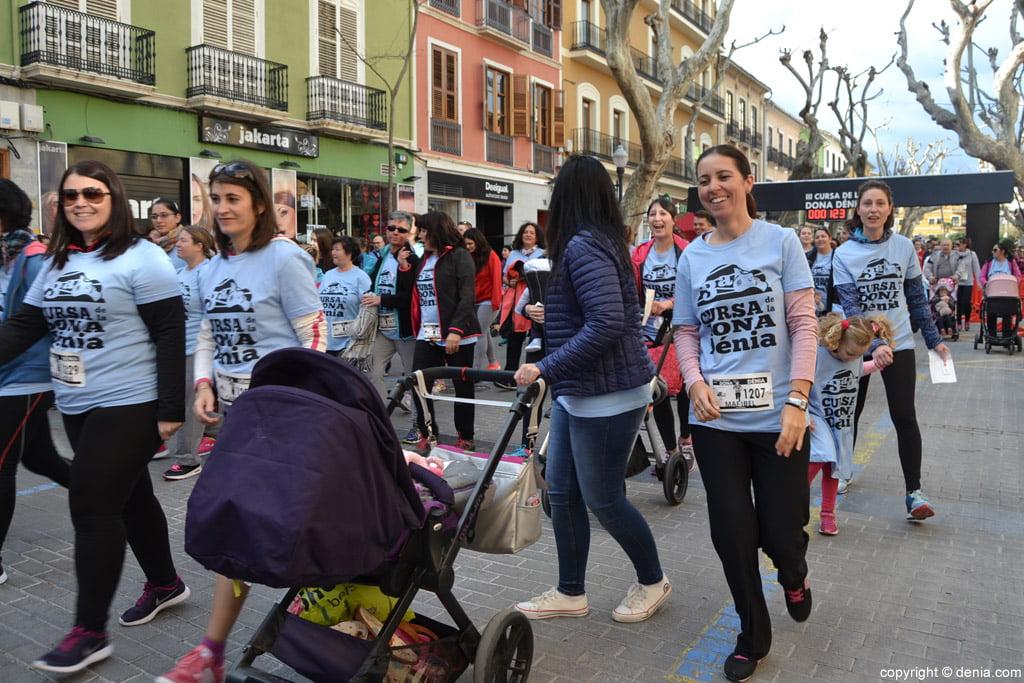 28 III Cursa de la Dona Dénia – Salida de los participantes