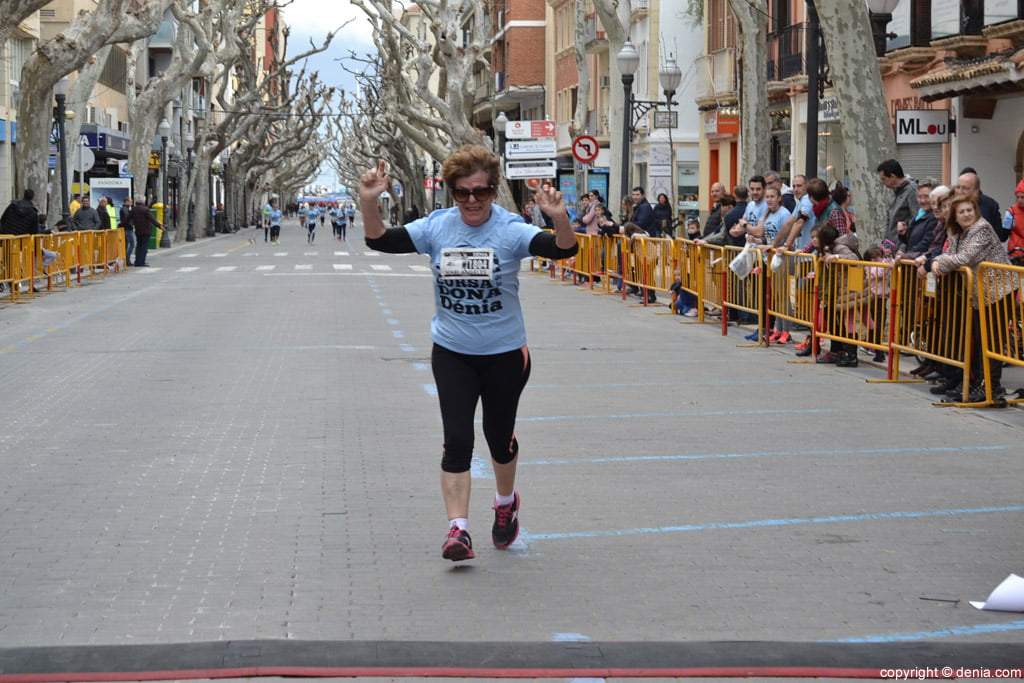 III Cursa de la Dona Dénia – Llegada de corredores