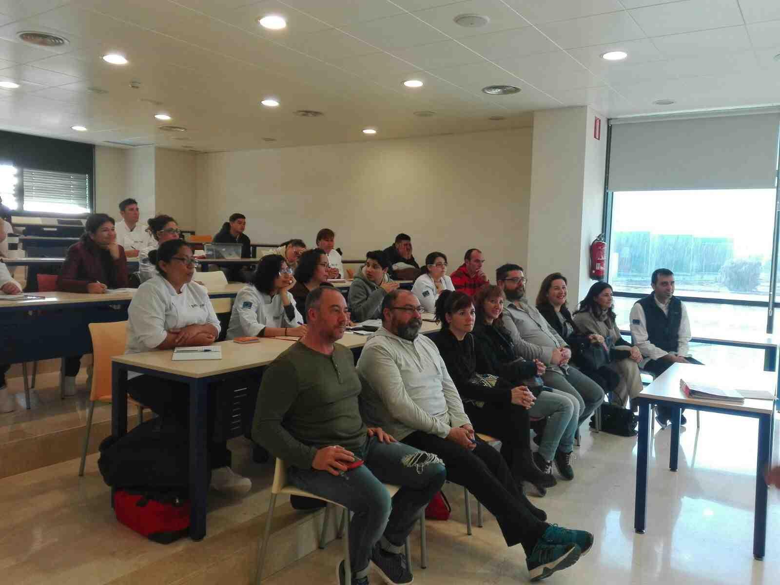 asistentes a la demostración de cocina de Antoni Taltavull en el CDT ...