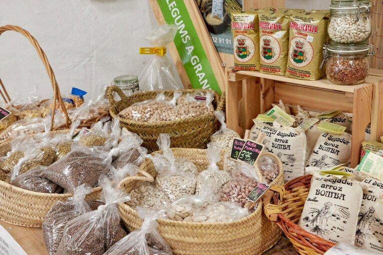 Legumbres a granel en Dénia, en La Nau d'Orozco - Frutas y verduras Orozco