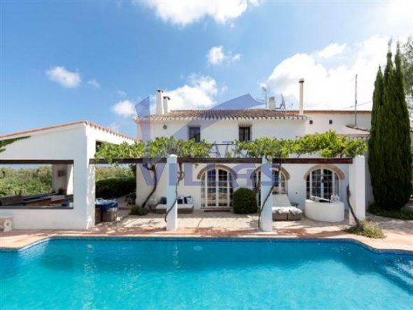 Precioso chalet en venta de dos plantas en Vacation Villas - Du00e9nia ...