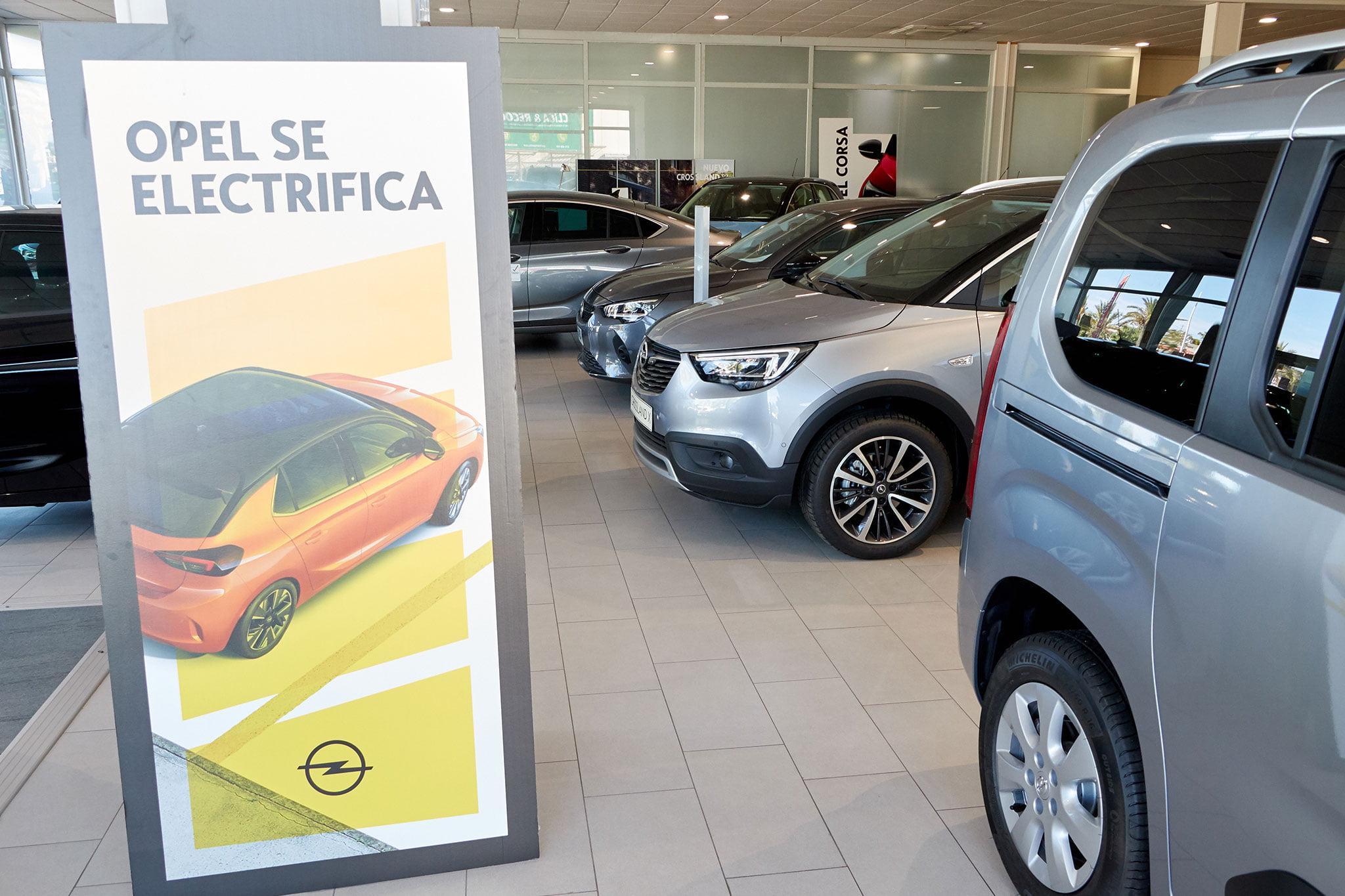 Panel sobre vehículos eléctricos – Auto Dénia Motors