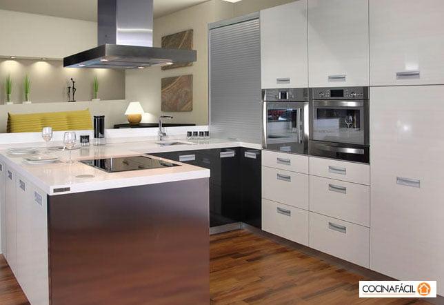 En cocina f cil financian tu reforma armarios o nueva for Programa para disenar cocinas facil