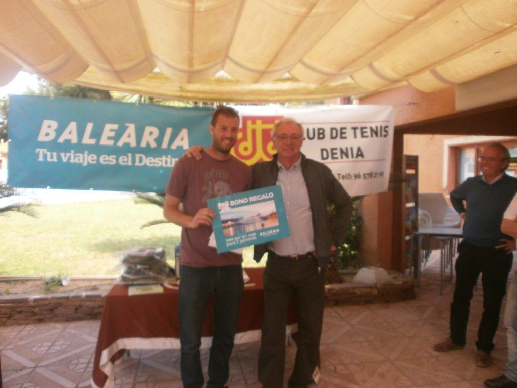 Tico Devesa with his prize
