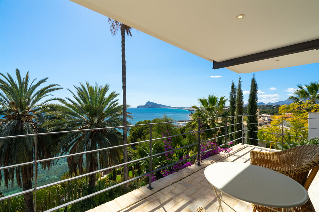 Lloguer de vacances amb vistes Aguila Rent a Vila