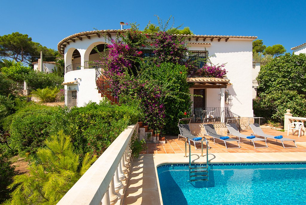Casa amb piscina Aguila Rent a Vila