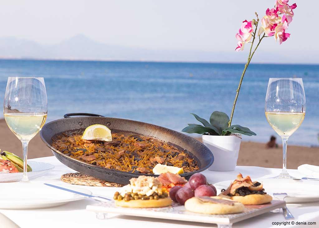 Fideuà con vistas al mar en Dénia Restaurant Noguera