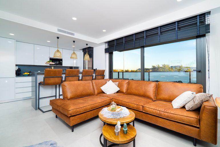 Interior pis modern Aguila Rent a Vila