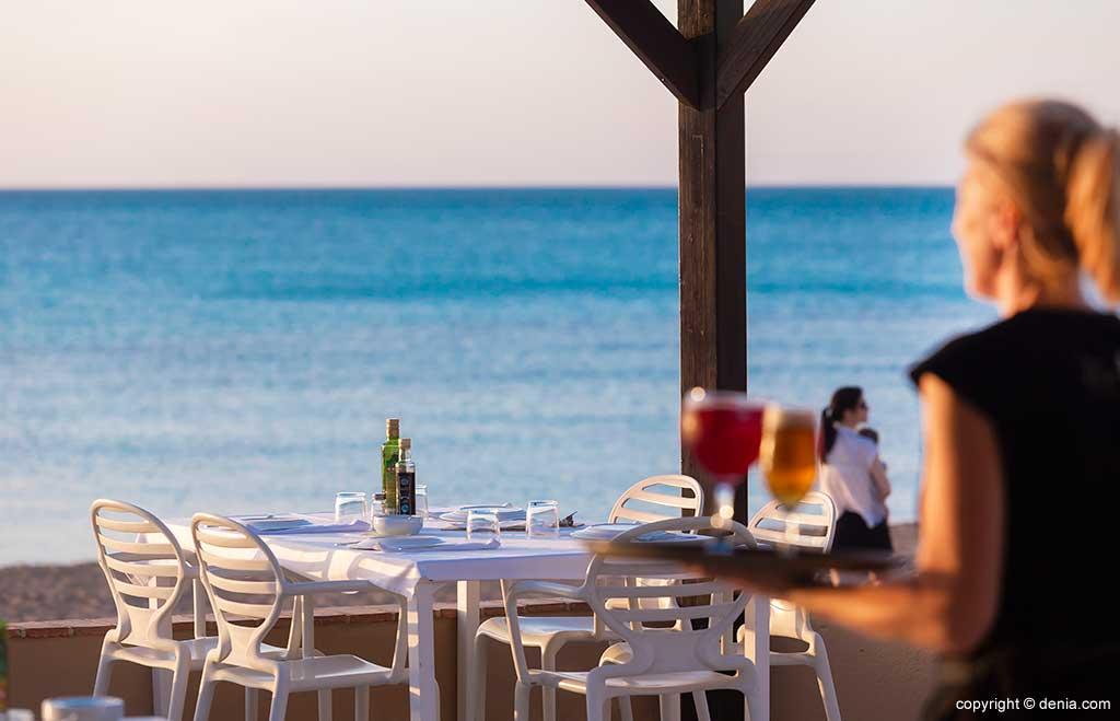 Mesa exterior Restaurant Noguera