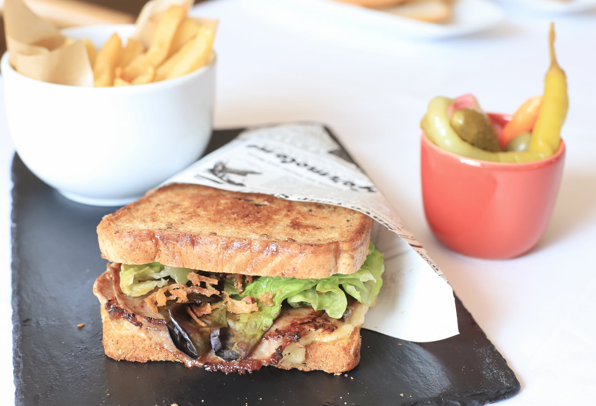 Sandwiches y bocadillos en A Vora Mar Lounge Bar, de  Restaurant Noguera