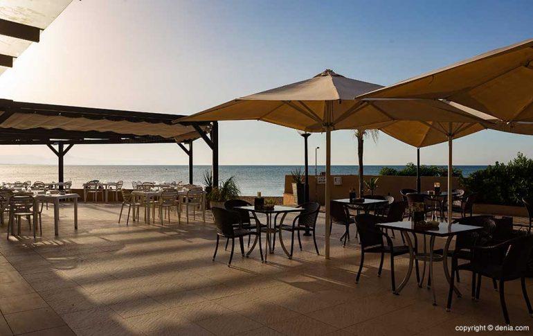 Terraza frente al mar Restaurant Noguera