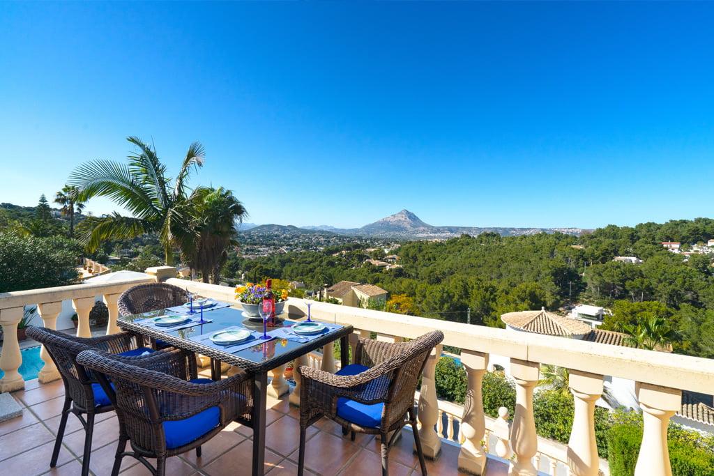 Villa amb vistes a Aguila Rent a Vila