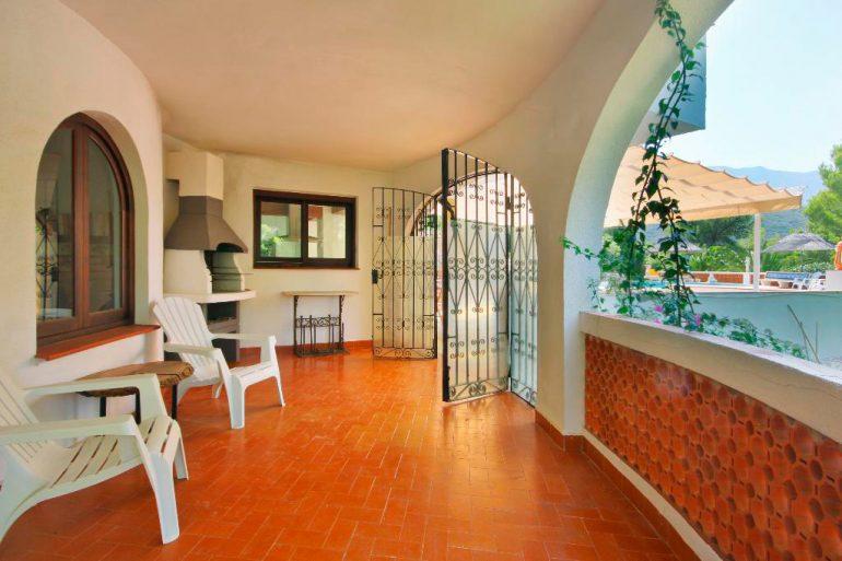 Barbacoa Quality Rent a Vila
