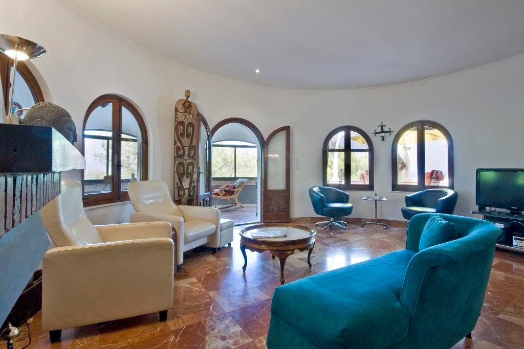 Grand salon Quality Rent a Villa
