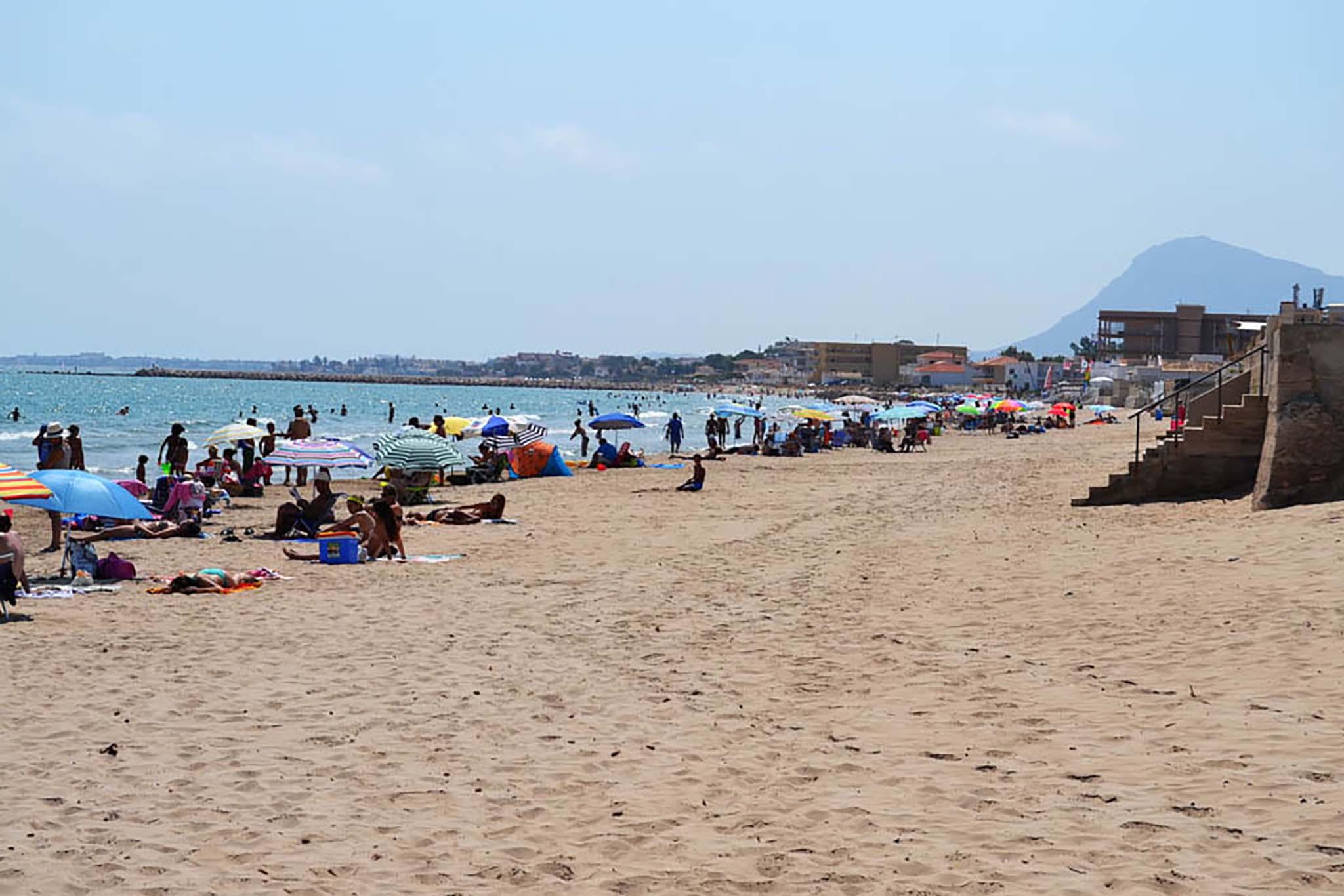 Playa Les Deveses