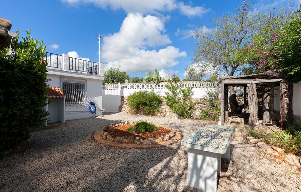 Amplio jard n vacation villas d for Finca villa jardin piedecuesta