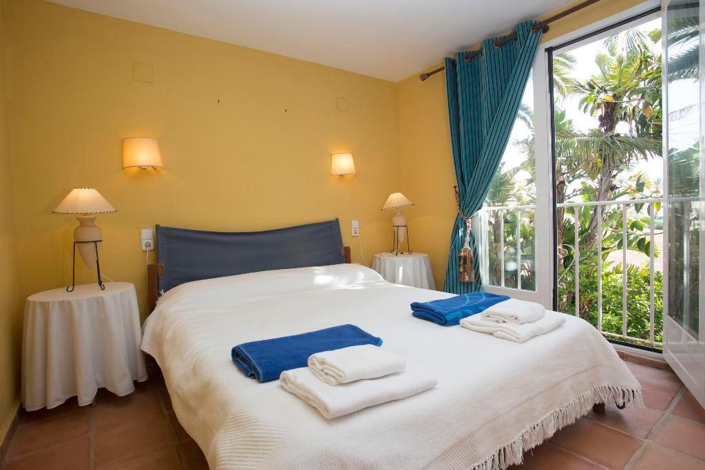 Ampli dormitori Aguila Rent a Vila