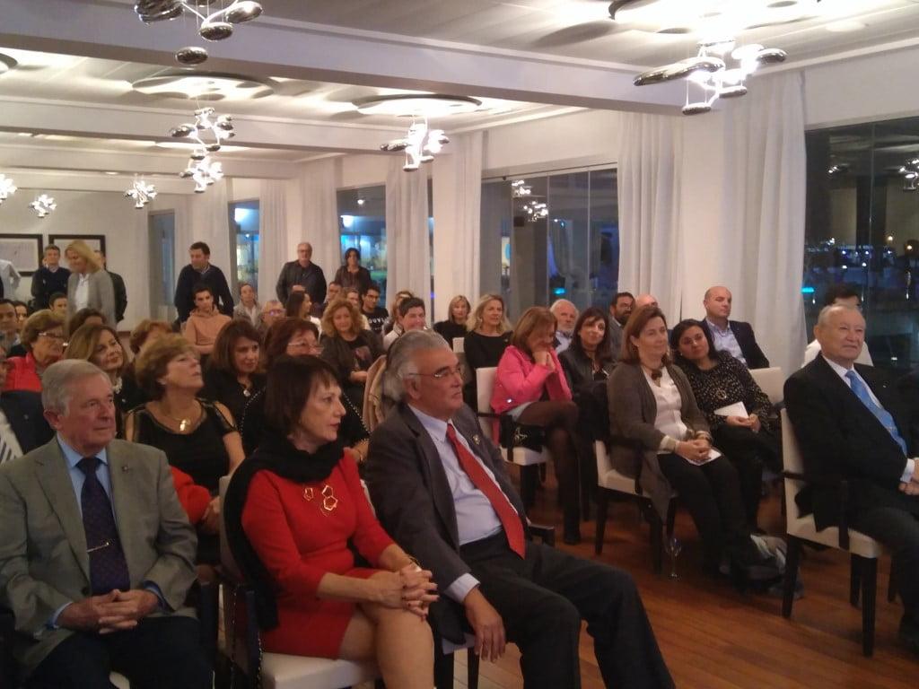 Asistentes al acto del Rotary en Dénia