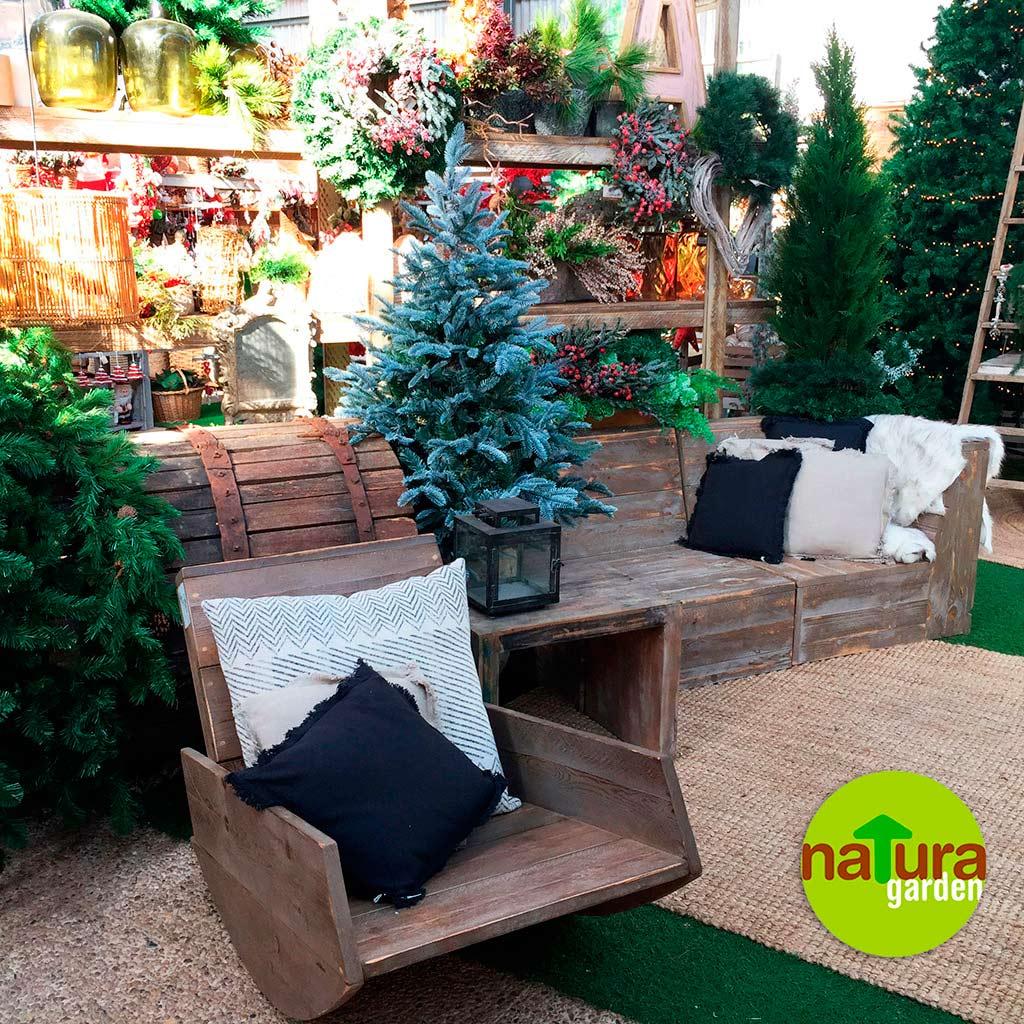 Decoraci n de jard n navidad natura garden d for Adornos de navidad para jardin
