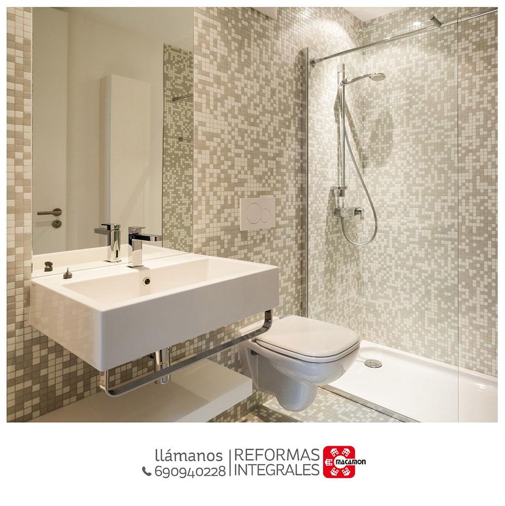 Macamon réforme de la salle de bain
