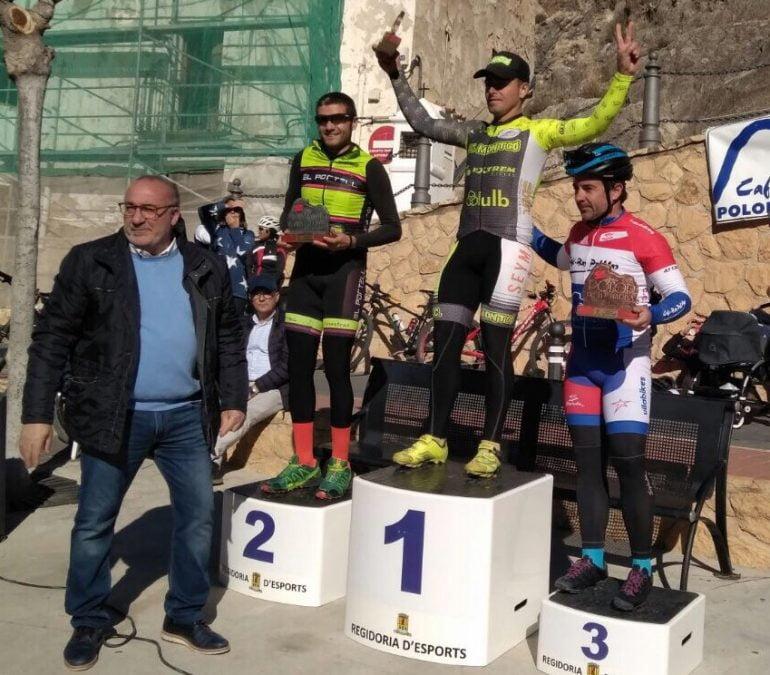 Alejandro Seguí on the podium of Polop
