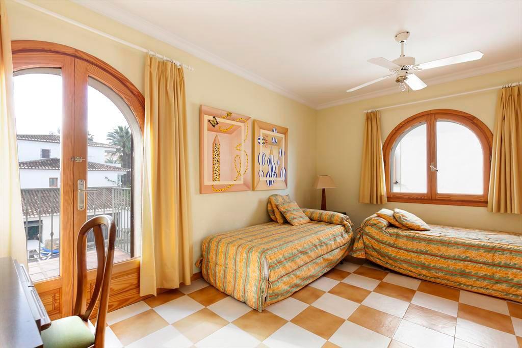 Dormitori Quality Rent a Vila