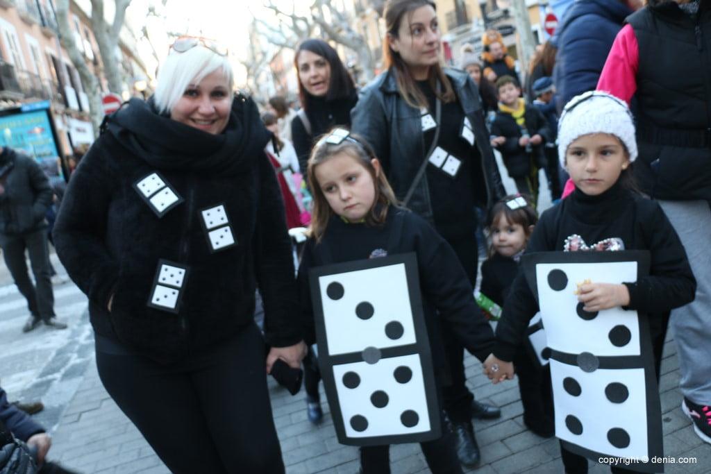 Carnaval infantil Dénia 2018 – Fichas de dominó