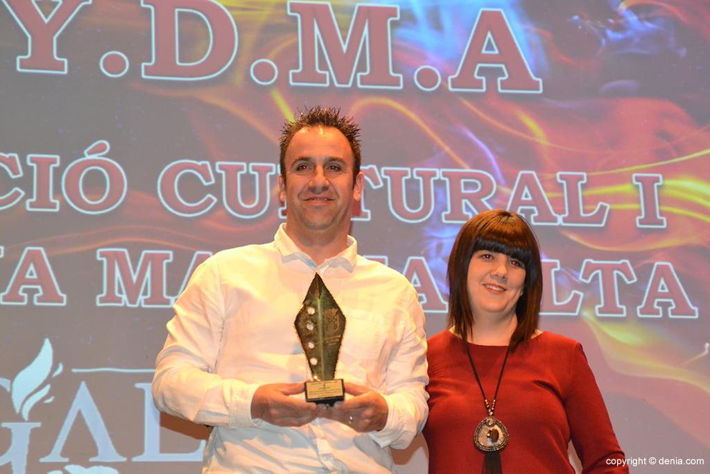 Alberto Portillo con el trofeo de Acydma