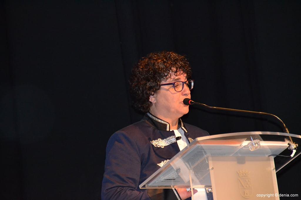 Francoise Crespo presentadora de la Gala