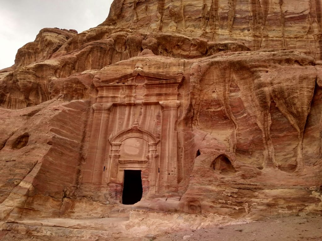 Petra Deni Sun Travel