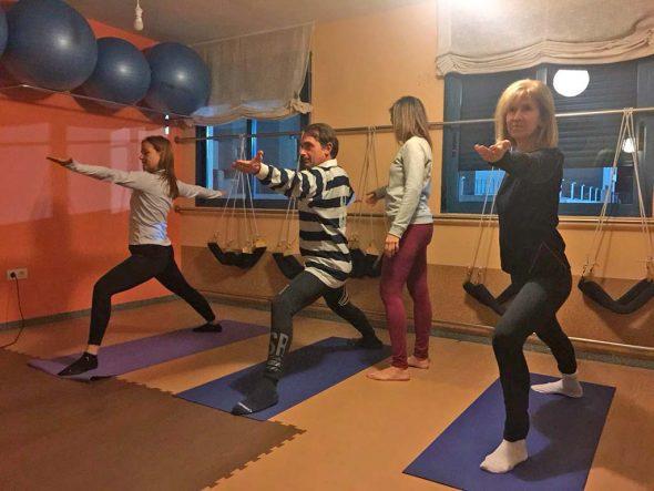 Descubre los beneficios del Yoga Integral con Estíbaliz