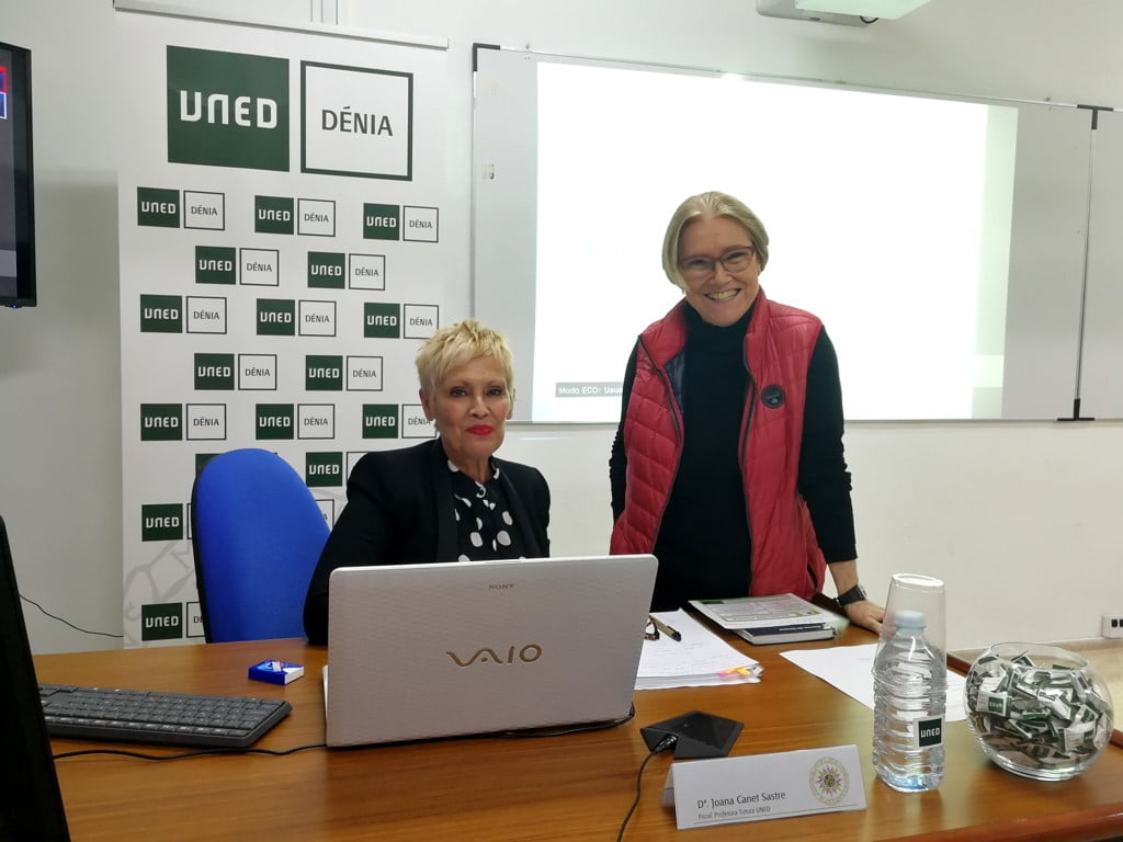 Joana Canet en las Jornadas UNED de Dénia