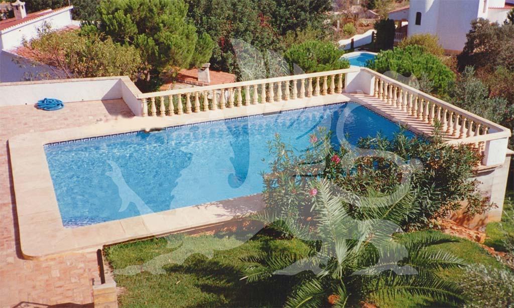 Piscina privata Stirling Ackroyd in Spagna