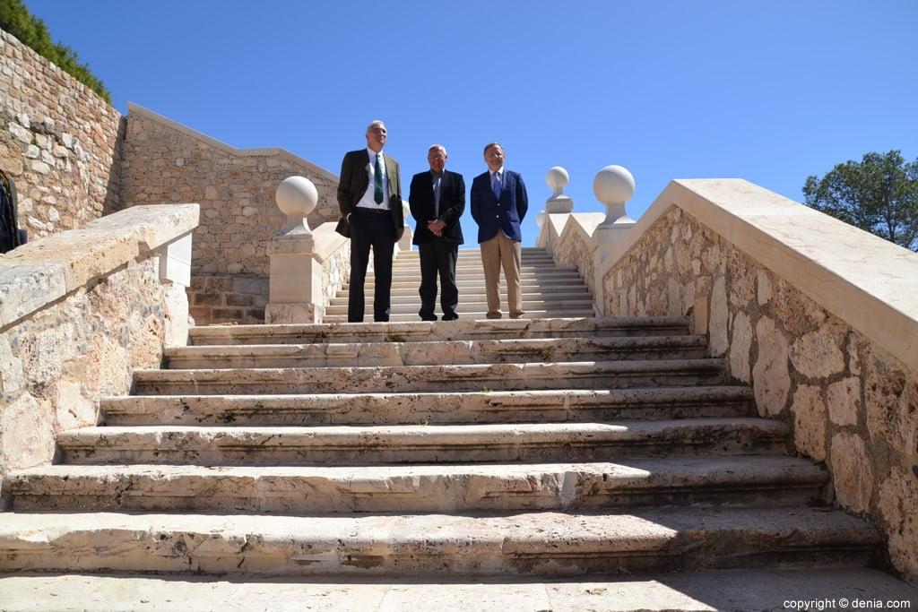 Inauguració de l'escala del Duc de Lerma - alcalde i representants del Ministeri