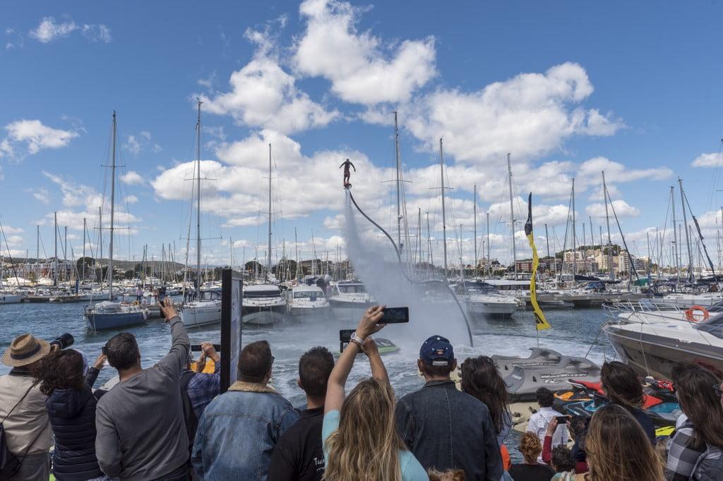Exhibición Flyboard en el Puerto Deportivo Marina de Dénia