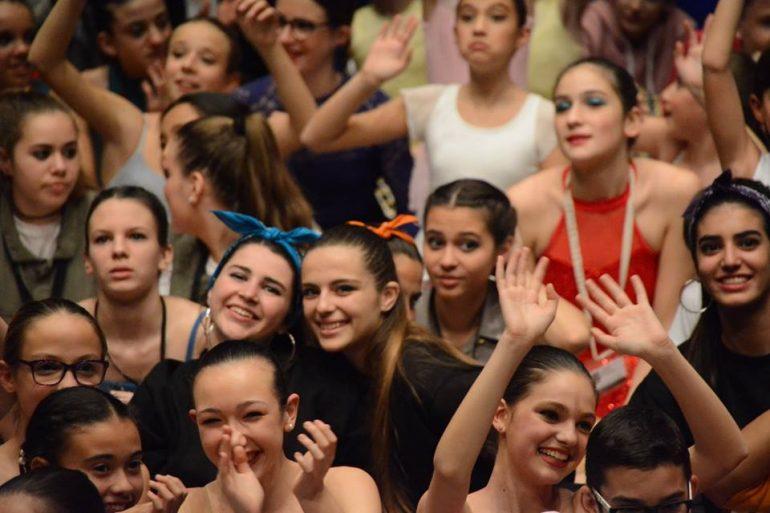 Alegría entre los bailarines de Babylon
