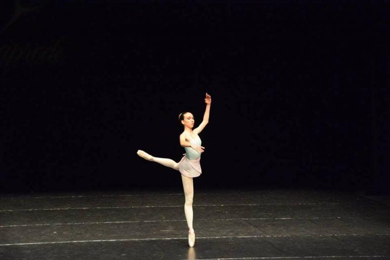 Bailarina de Babylon en un concurso