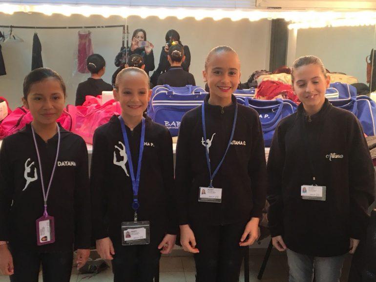 Bailarinas de Babylon en el backstage