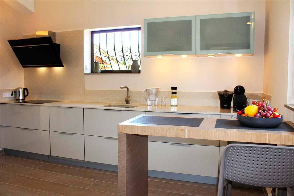 Cuina moderna Casa Hort Quality Rent a Vila