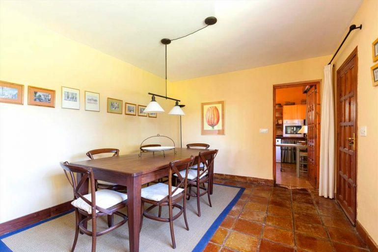 Menjador Casa Hort Quality Rent a Vila