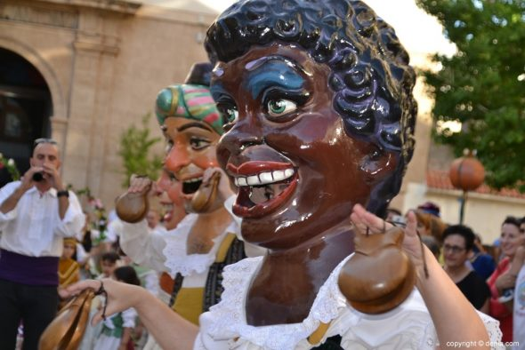 Dianium Dansa and the traditional Corpus Balls toured the