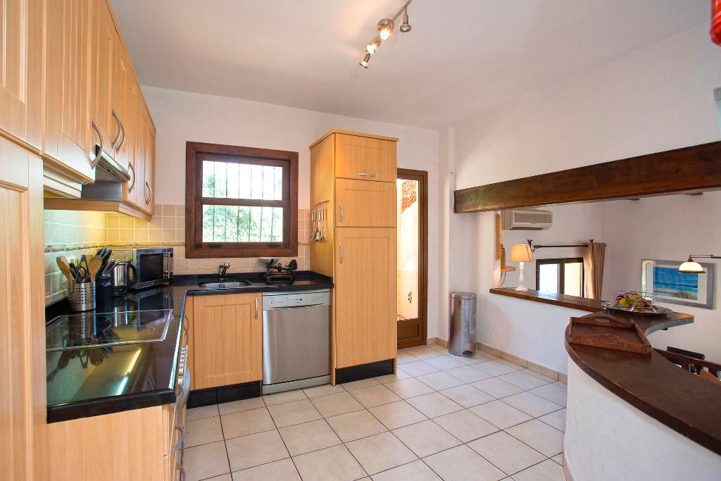 Cuina lluminosa Casa Berg Quality Rent a Vila