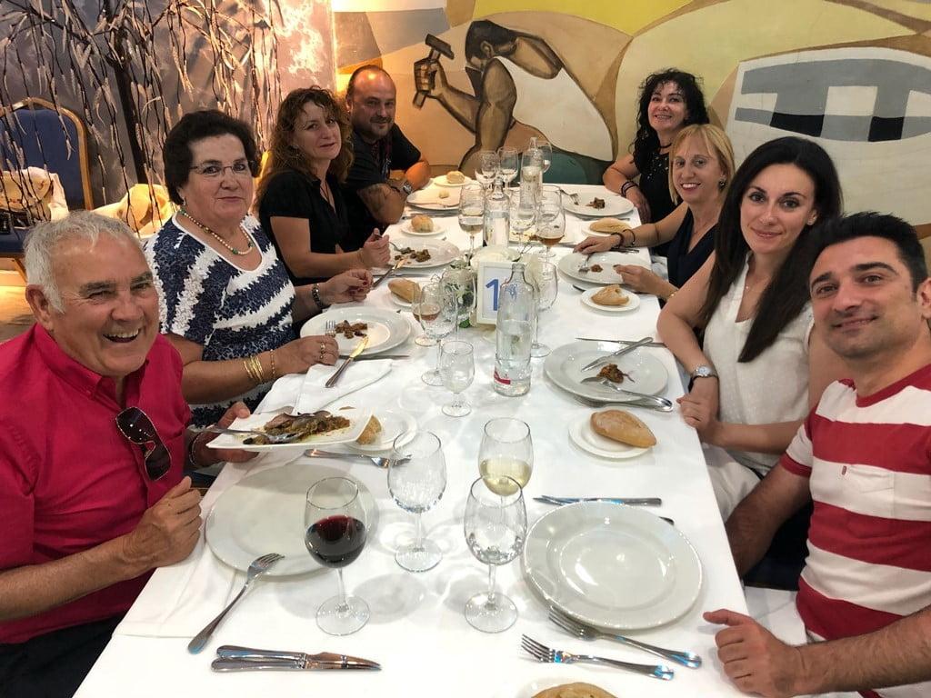 Colaboradores con la cena solidaria de Chigüines celebrada en Dénia
